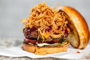 BBQ BURGER WITH CRISPY ONION STRINGS
