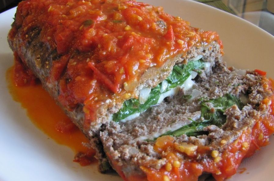 MEATLOAF STUFFED WITH SPINACH AND CHEESE