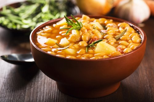 WHITE BEANS WITH HAM AND CHORIZO STEW