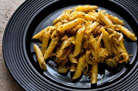 PASTA WITH CABBAGE AND BREADCRUMBS